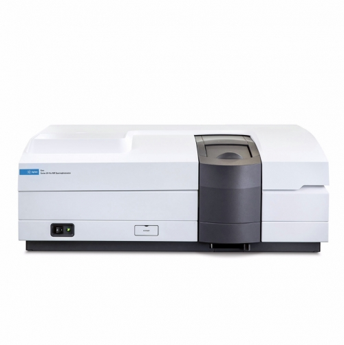 Agilent Cary 5000 UV/Vis/NIR spektrofotométer